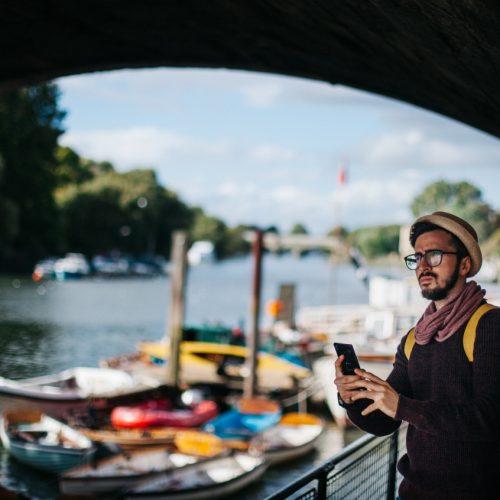 bons plans : applications mobiles pour les expatriés